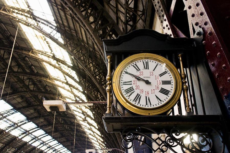 clock-001-web.jpg