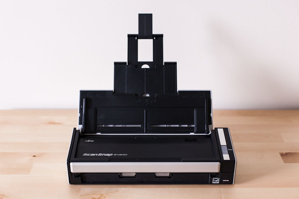 Paperless Organization For Photographers: NeatWorks + Fuji Scansnap S1300 Mini-Review
