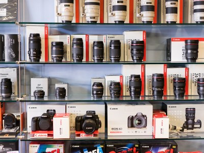 10 Tips To Save Money On Camera Gear