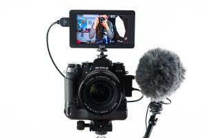 "<span class=""entry-title-primary"">A Complete Lightweight Video Rig</span> <span class=""entry-subtitle"">Perfect for quick videos, vlogs, and more!</span>"