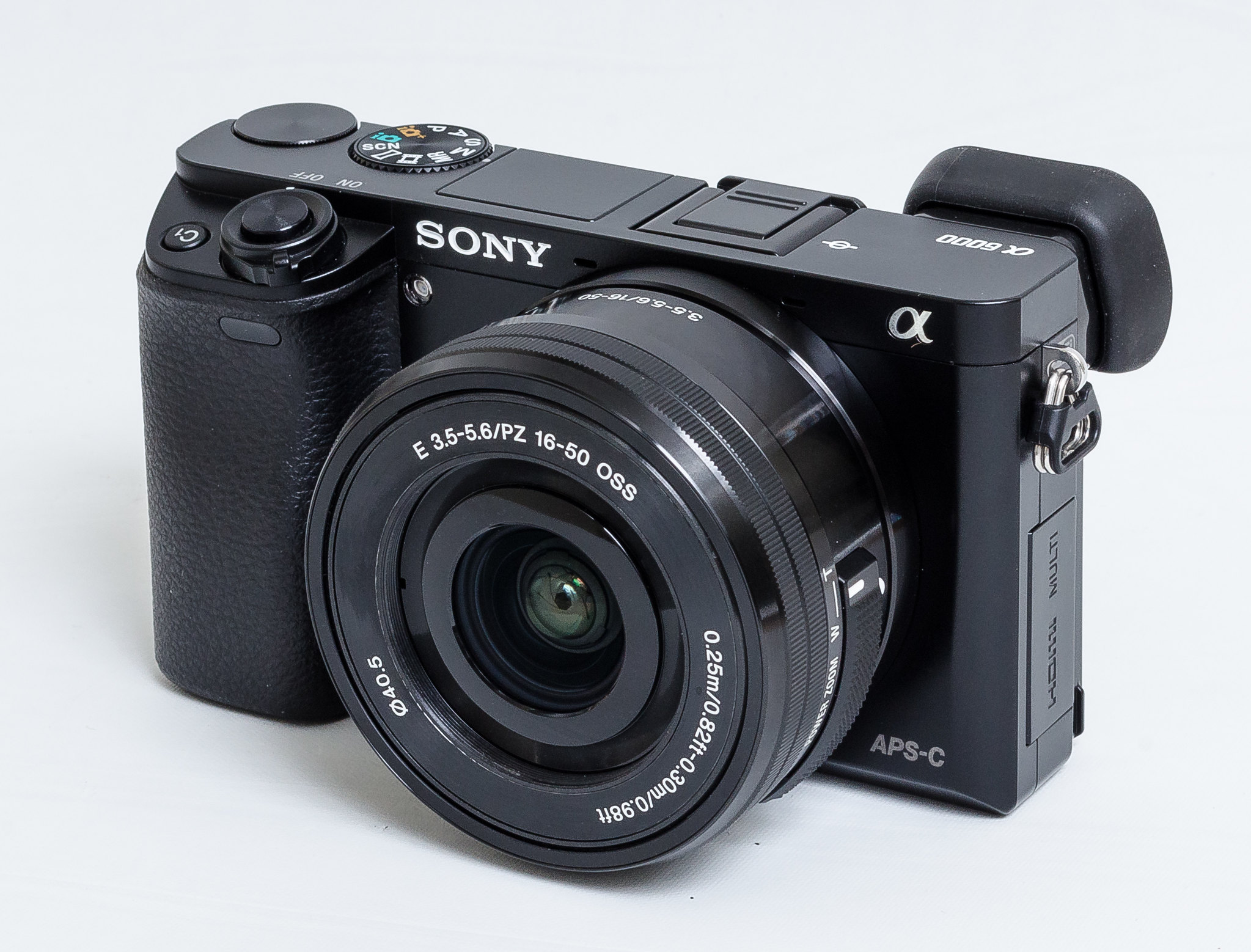 What's the Best Flash for the Sony A6000 Mirrorless Camera?