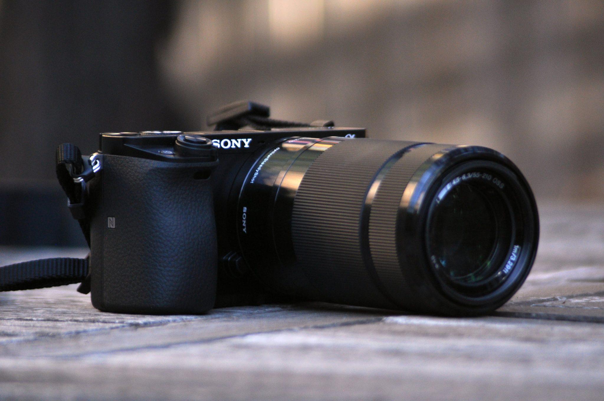 Лучший объектив для Sony a6000